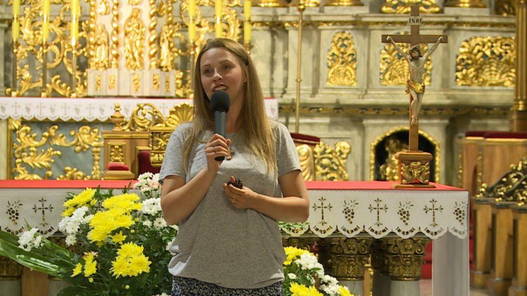 Spotkanie z Anią Golędzinowską w Katedrze Kaliskiej - ŚDM DNI W DIECEZJI