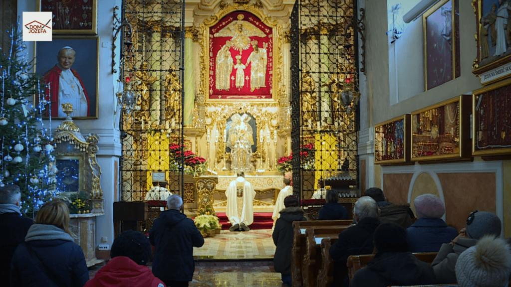 Akt zawierzaenia św. Józefowi Telewizji Internetowej Dom Józefa w pierwszą rocznicę działalności